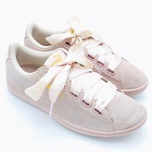PUMA WOMEN'S Suede Sneakers 7.5 Pink Ribbon ties